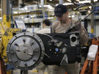 Intenção de investimentos na indústria tem primeira alta desde 2013