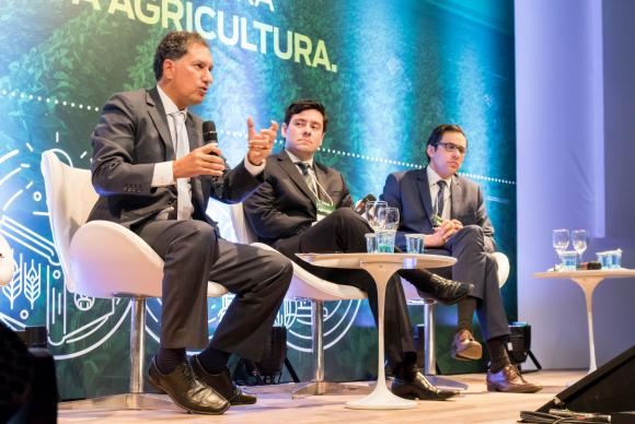 Barreiras comerciais restringem competitividade de produtos brasileiros