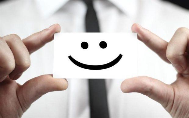 Empresários deixam pessimismo e elevam confiança na economia