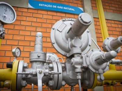 Consumo de gás cai 22%, com recuo da indústria e demanda térmica