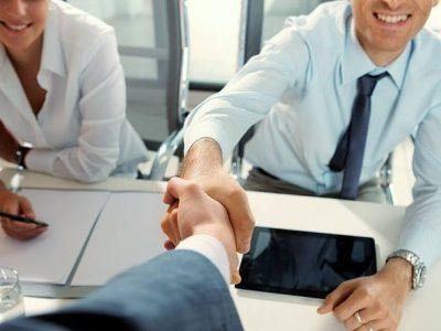 Manutenção de incentivos garante 400 mil empregos em Goiás