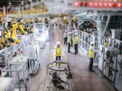 Produção industrial no Brasil cai 3,8% em agosto, diz IBGE
