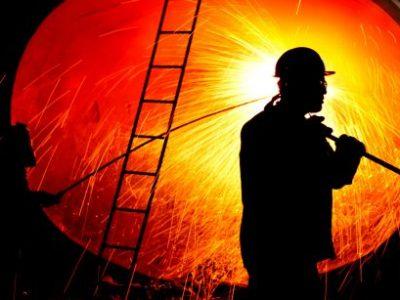 Crise econômica leva indústria do aço a adiar investimentos de U$$ 3,2 bilhões
