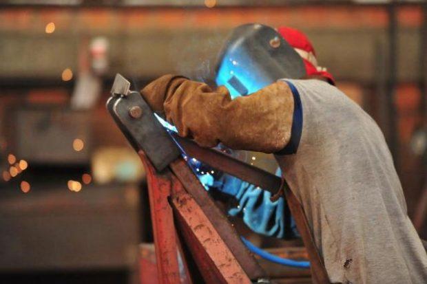 O que impulsionou o crescimento da indústria de transformação após 10 trimestres de queda?