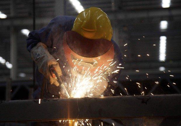 Indústria volta ao patamar de 2009
