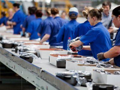 Demanda por bens industriais cresceu pelo segundo mês consecutivo